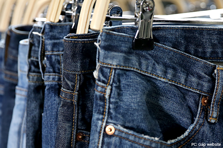 Gap Inc. reports 43% sales decline, rose 13% online